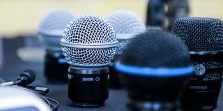 Descubra os tipos de microfones ideais da Shure para seus projetos